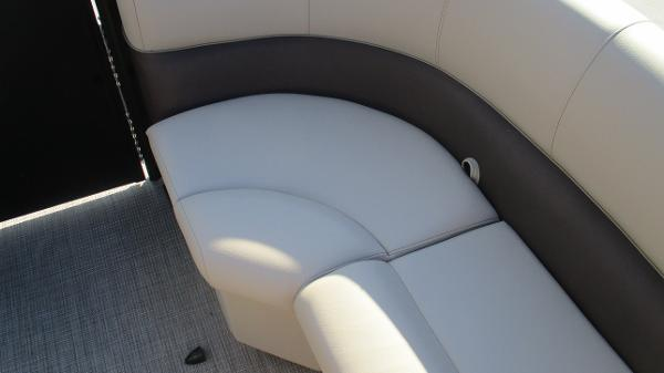 2021 Bentley boat for sale, model of the boat is 240 Navigator & Image # 49 of 56