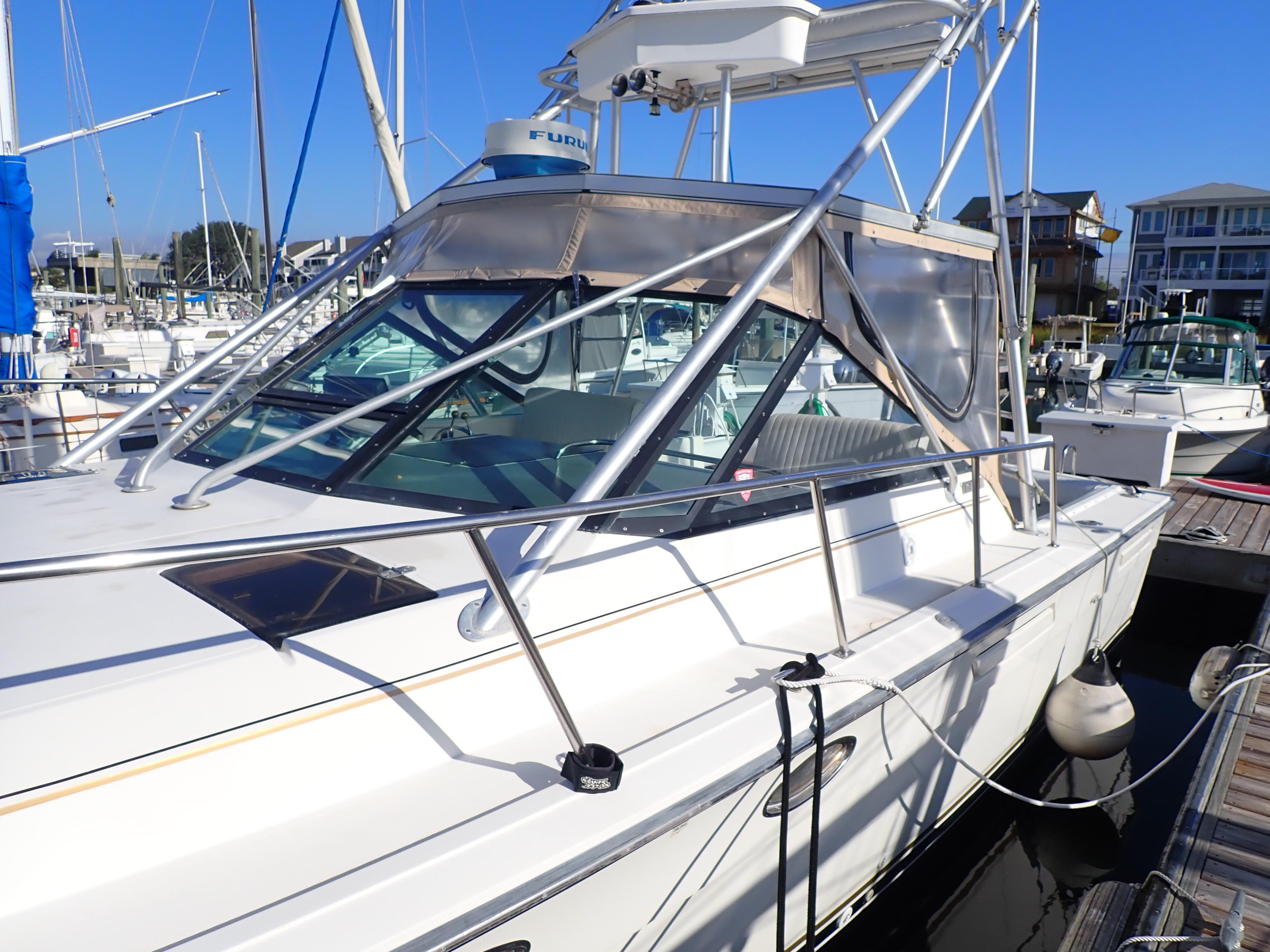Tiara Yachts 3100 Tower - Photo: #25