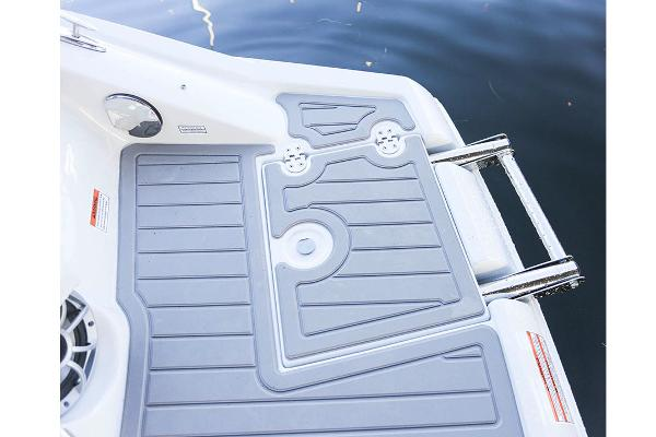 2021 Crownline boat for sale, model of the boat is 290 SS & Image # 17 of 19