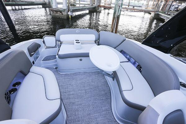 2021 Crownline boat for sale, model of the boat is 290 SS & Image # 15 of 19