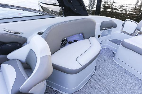 2021 Crownline boat for sale, model of the boat is 290 SS & Image # 14 of 19