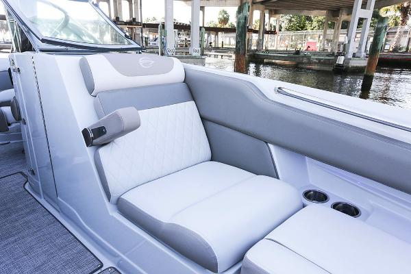 2021 Crownline boat for sale, model of the boat is 290 SS & Image # 9 of 19