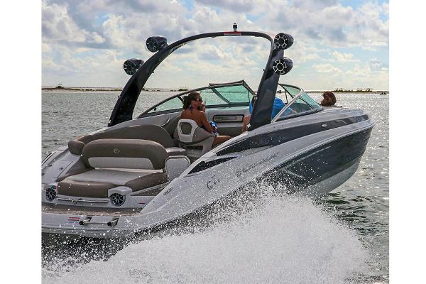 2021 Crownline boat for sale, model of the boat is 290 SS & Image # 6 of 19