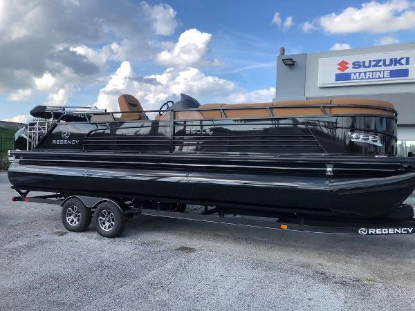 2021 Regency boat for sale, model of the boat is 250 LE3 Sport & Image # 1 of 29