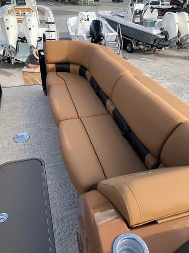 2021 Regency boat for sale, model of the boat is 250 LE3 Sport & Image # 5 of 29
