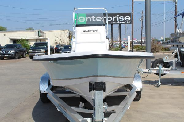 2021 Blazer boat for sale, model of the boat is 2200 Bay & Image # 2 of 15