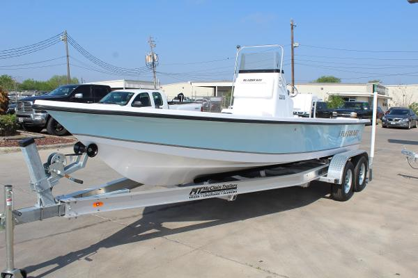 2021 Blazer boat for sale, model of the boat is 2200 Bay & Image # 3 of 15