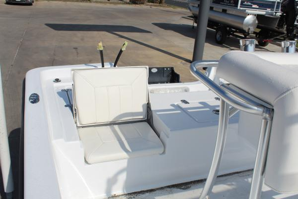 2021 Blazer boat for sale, model of the boat is 2200 Bay & Image # 9 of 15