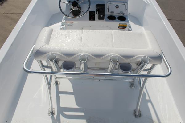 2021 Blazer boat for sale, model of the boat is 2200 Bay & Image # 11 of 15