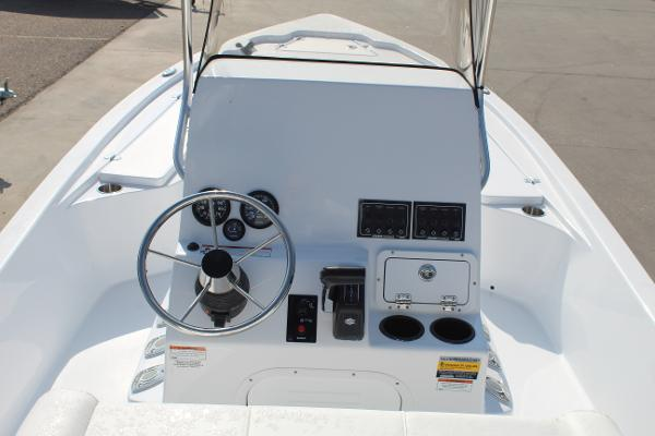 2021 Blazer boat for sale, model of the boat is 2200 Bay & Image # 12 of 15