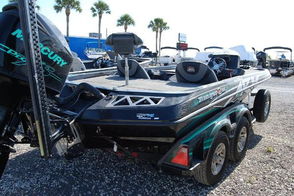 2018 Ranger Boats boat for sale, model of the boat is Z520L & Image # 3 of 11