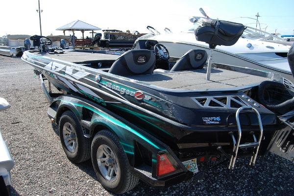 2018 Ranger Boats boat for sale, model of the boat is Z520L & Image # 4 of 11