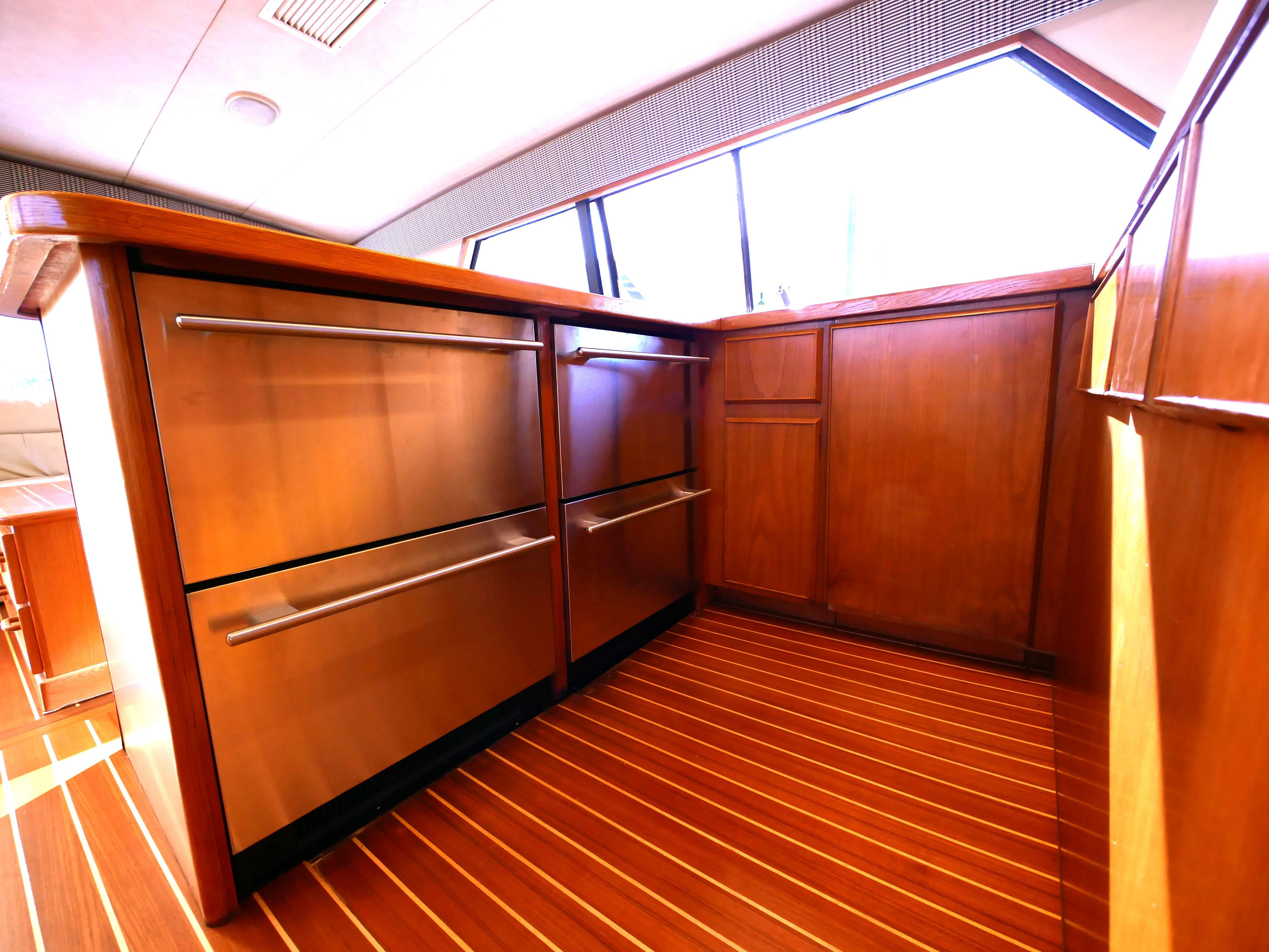 Under Counter Refrigerator and Freezer