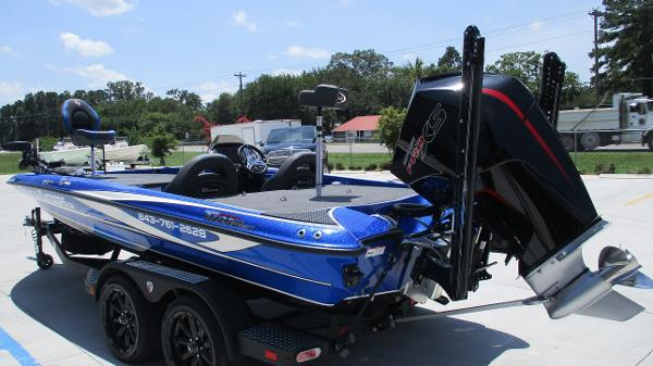 2020 Triton boat for sale, model of the boat is 20 TRX & Image # 6 of 68