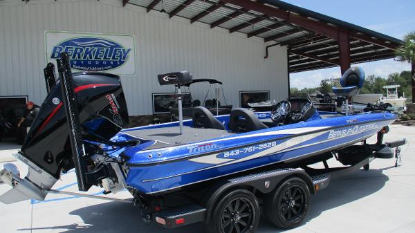 2020 Triton boat for sale, model of the boat is 20 TRX & Image # 5 of 68