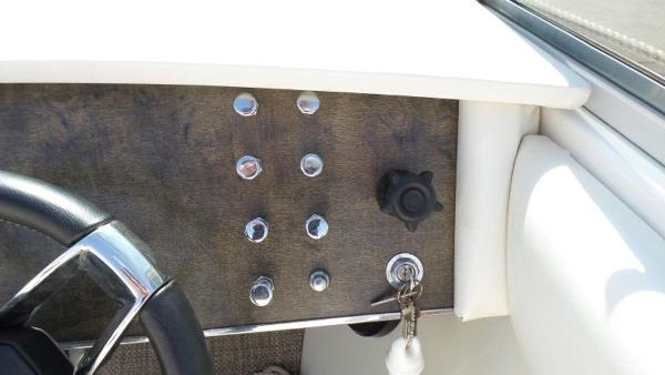 1972 Century boat for sale, model of the boat is Coronado & Image # 10 of 25
