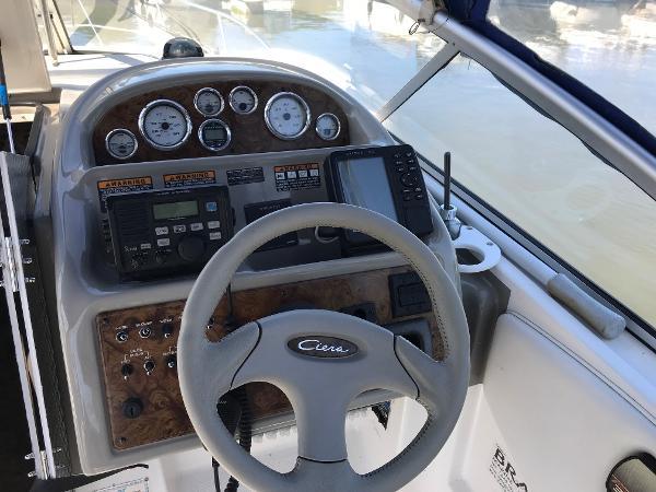 2000 Bayliner 2855