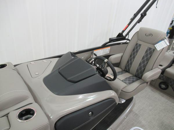 2021 Barletta boat for sale, model of the boat is L25UC Tri-toon & Image # 11 of 28
