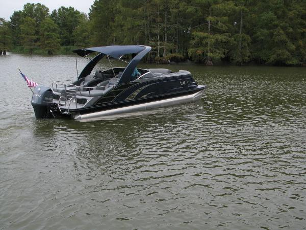 2021 Bennington boat for sale, model of the boat is QX25CW & Image # 44 of 61
