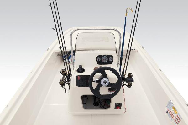 2020 Mako boat for sale, model of the boat is Pro Skiff 19 CC & Image # 25 of 36