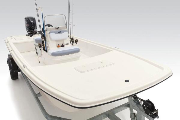 2020 Mako boat for sale, model of the boat is Pro Skiff 19 CC & Image # 31 of 36