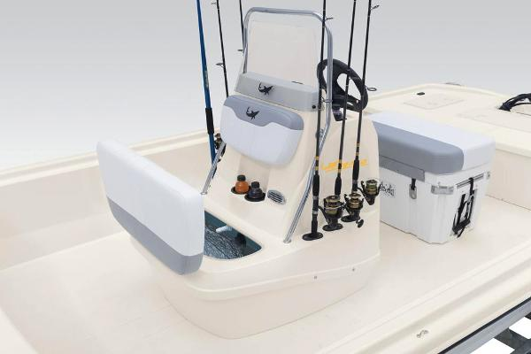 2020 Mako boat for sale, model of the boat is Pro Skiff 19 CC & Image # 32 of 36