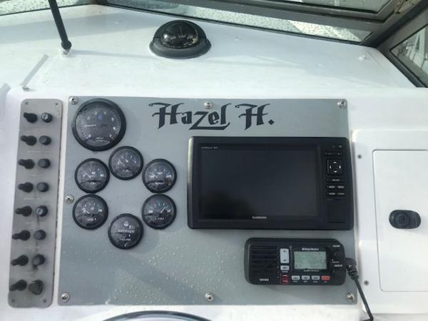 1992 Pursuit boat for sale, model of the boat is 23' CUDDY & Image # 3 of 8