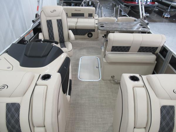 2021 Barletta boat for sale, model of the boat is L25UE Tri-toon & Image # 5 of 23