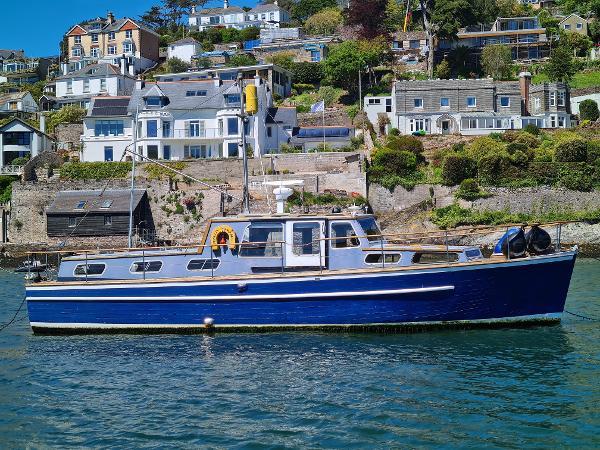Rampart 36 ft TS Diesel Motor Yacht