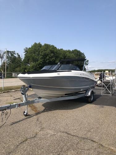 2021 Bayliner boat for sale, model of the boat is VR5 OB & Image # 2 of 7