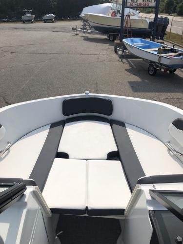 2021 Bayliner boat for sale, model of the boat is VR5 OB & Image # 6 of 7