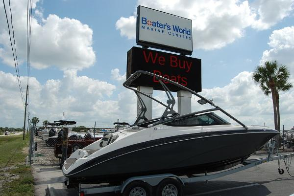 2014 Yamaha boat for sale, model of the boat is 212SX & Image # 1 of 11
