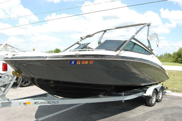 2014 Yamaha boat for sale, model of the boat is 212SX & Image # 11 of 11