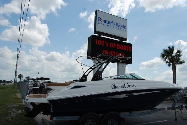 2014 SEA RAY 240 SUNDECK for sale