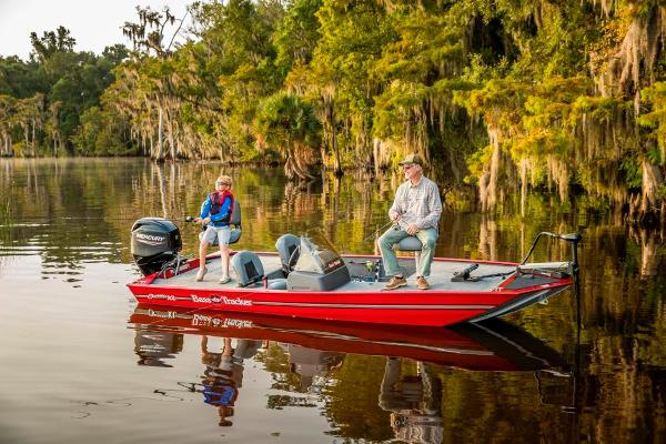 2021 Tracker Boats boat for sale, model of the boat is Bass Tracker Classic XL & Image # 5 of 47