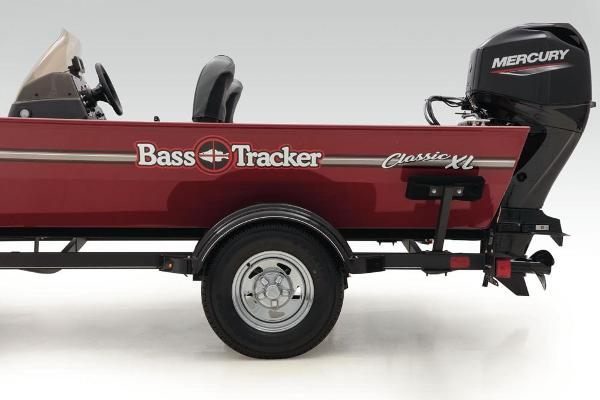 2022 Tracker Boats boat for sale, model of the boat is Bass Tracker Classic XL & Image # 21 of 47