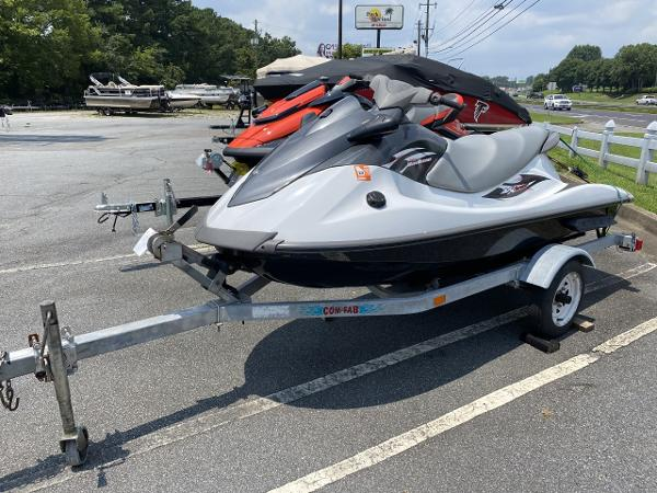 2014 Yamaha boat for sale, model of the boat is VX Sport & Image # 2 of 4