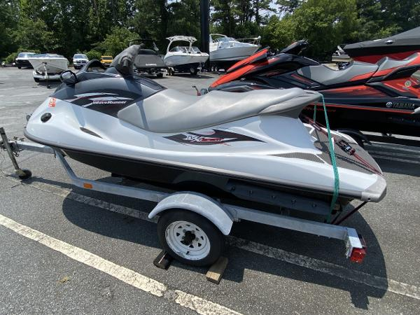 2014 Yamaha boat for sale, model of the boat is VX Sport & Image # 3 of 4