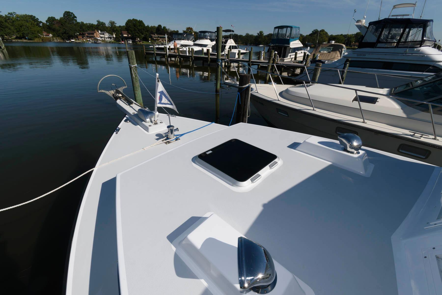 M 6551 RD Knot 10 Yacht Sales