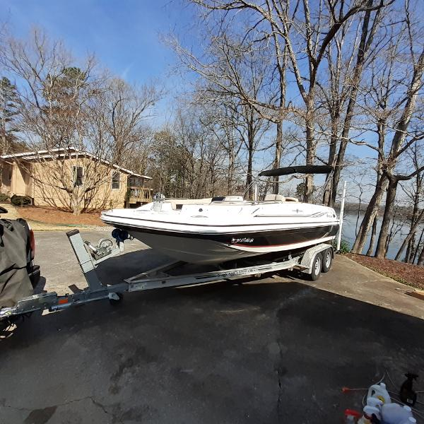 2014 HURRICANE SUNDECK SPORT 201 I/O for sale
