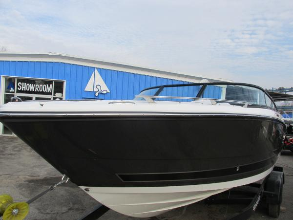 2021 Monterey boat for sale, model of the boat is 218 SS & Image # 9 of 48