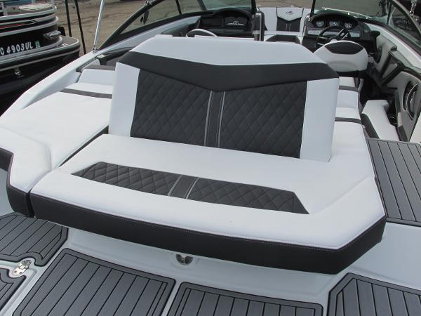2021 Monterey boat for sale, model of the boat is 218 SS & Image # 31 of 48