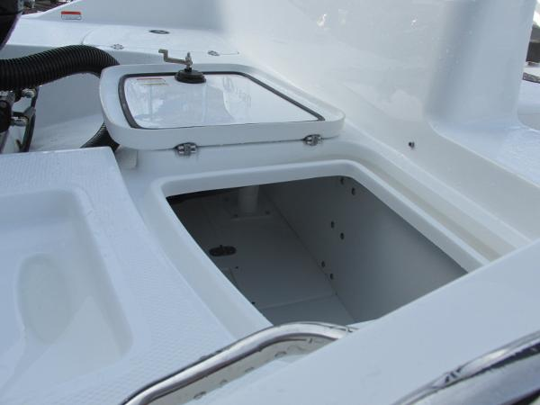 2021 Tahoe boat for sale, model of the boat is 1950 & Image # 7 of 33