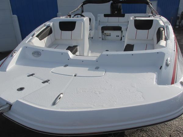2021 Tahoe boat for sale, model of the boat is 1950 & Image # 9 of 33