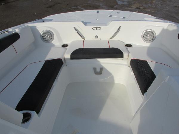2021 Tahoe boat for sale, model of the boat is 1950 & Image # 12 of 33