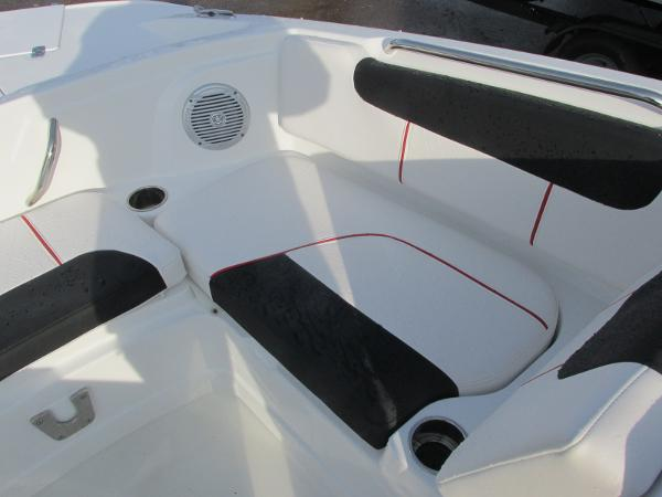 2021 Tahoe boat for sale, model of the boat is 1950 & Image # 14 of 33