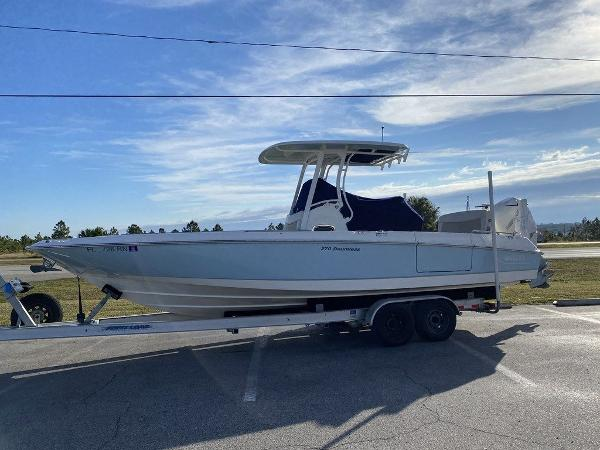 2018 BOSTON WHALER 270 DAUNTLESS for sale