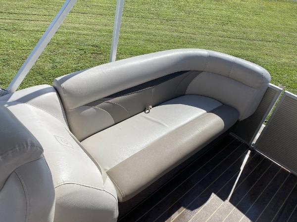 2018 Sweetwater boat for sale, model of the boat is 2286 & Image # 5 of 9