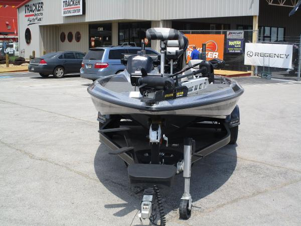 2017 Skeeter boat for sale, model of the boat is FX 21 & Image # 2 of 36