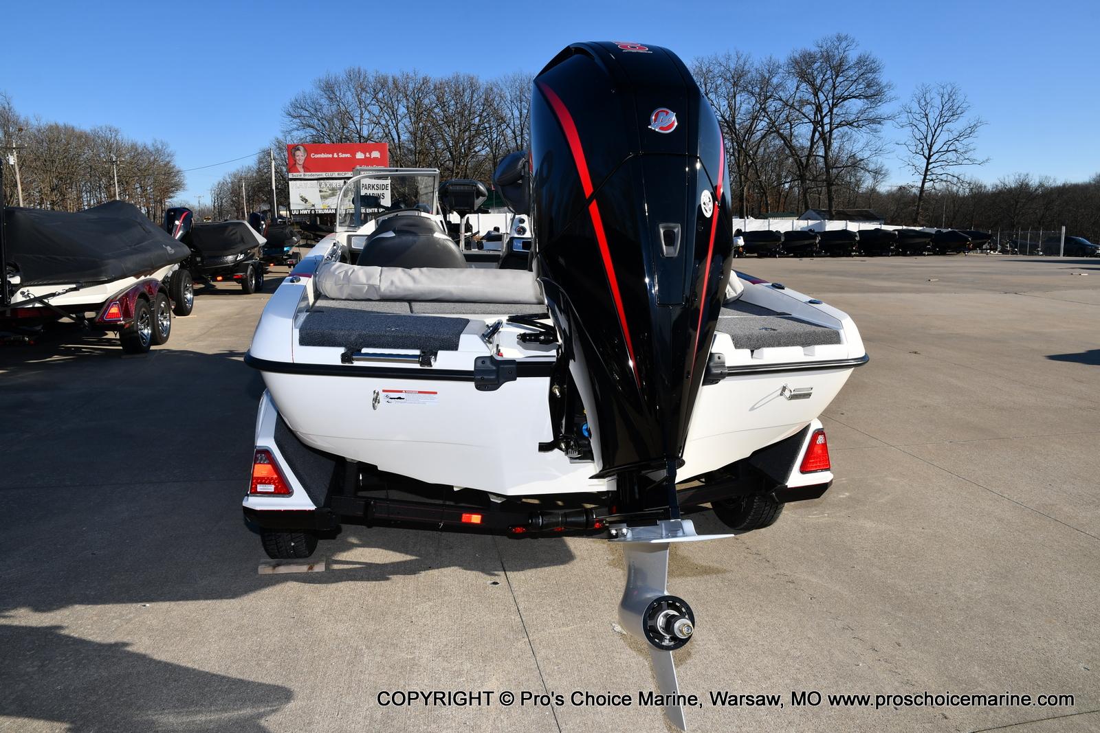 2021 Ranger Boats boat for sale, model of the boat is 212LS w/250HP Mercury Pro-XS 4 Stroke & Image # 2 of 50